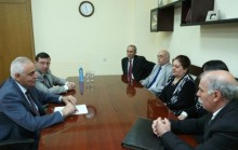 Yerevan Mayor's thanksgiving diplomas to the representatives of Ezidis community