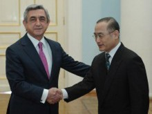 The newly appointed Ambassador of the Republic of Korea presented his credentials to Serzh Sargsyan