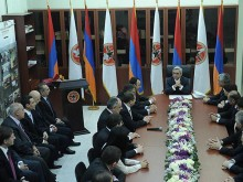 Սերժ Սարգսյանը ՀՀԿ կենտրոնական գրասենյակում հանդիպում է ունեցել մի խումբ նորագիր հանրապետականների հետ