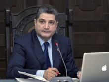 Tigran Sargsyan Receives Head of French Competitive Agency