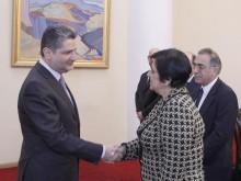 Տիգրան Սարգսյանն ընդունել է Կիպրոսի ԱԳ նախարարին