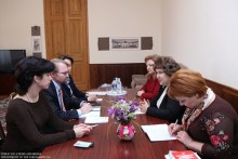 ԱԺ փոխնախագահը հանդիպեց ԵԱՀԿ երեւանյան գրասենյակի ղեկավարի տեղակալի հետ