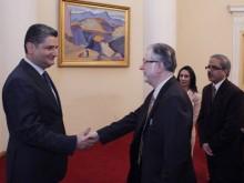 Հրաժեշտի հանդիպում Հայաստանում Հնդկաստանի դեսպանի հետ