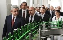 ՀՀ Նախագահն այցելեց Շամբիի պահածոների և հանքային ջրերի արտադրամասեր