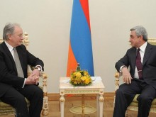 Серж Саргсян принял министра иностранных дел Республики Беларусь Сергея Мартынова