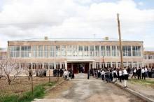 ՀՀ Նախագահն այցելեց Արագածավանի թիվ 2 միջնակարգ դպրոց