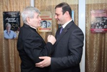 Քաղաքապետ Տարոն Մարգարյանը շնորհավորել է Ալեքսանդր Գրիգորյանին