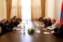 Վարչապետն ընդունել է ՌԴ «Մեքենաշինության գիտահետազոտական կենտրոնական ինստիտուտ» ունիտար ձեռնարկության ներկայացուցիչներին