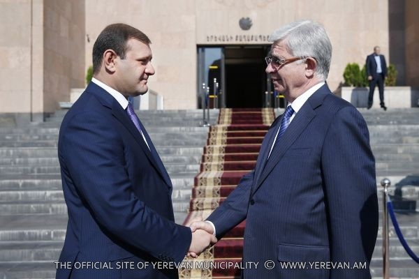 Mayor Taron Margaryan Had A Meeting With The Mayor Of Krasnodar And Vienne The Members Of The Moscow Delegation And St Petersburg Delegation News Information Center Republican Party Of Armenia